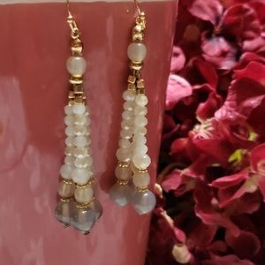 hypo-allergenic fashion earings neutral new